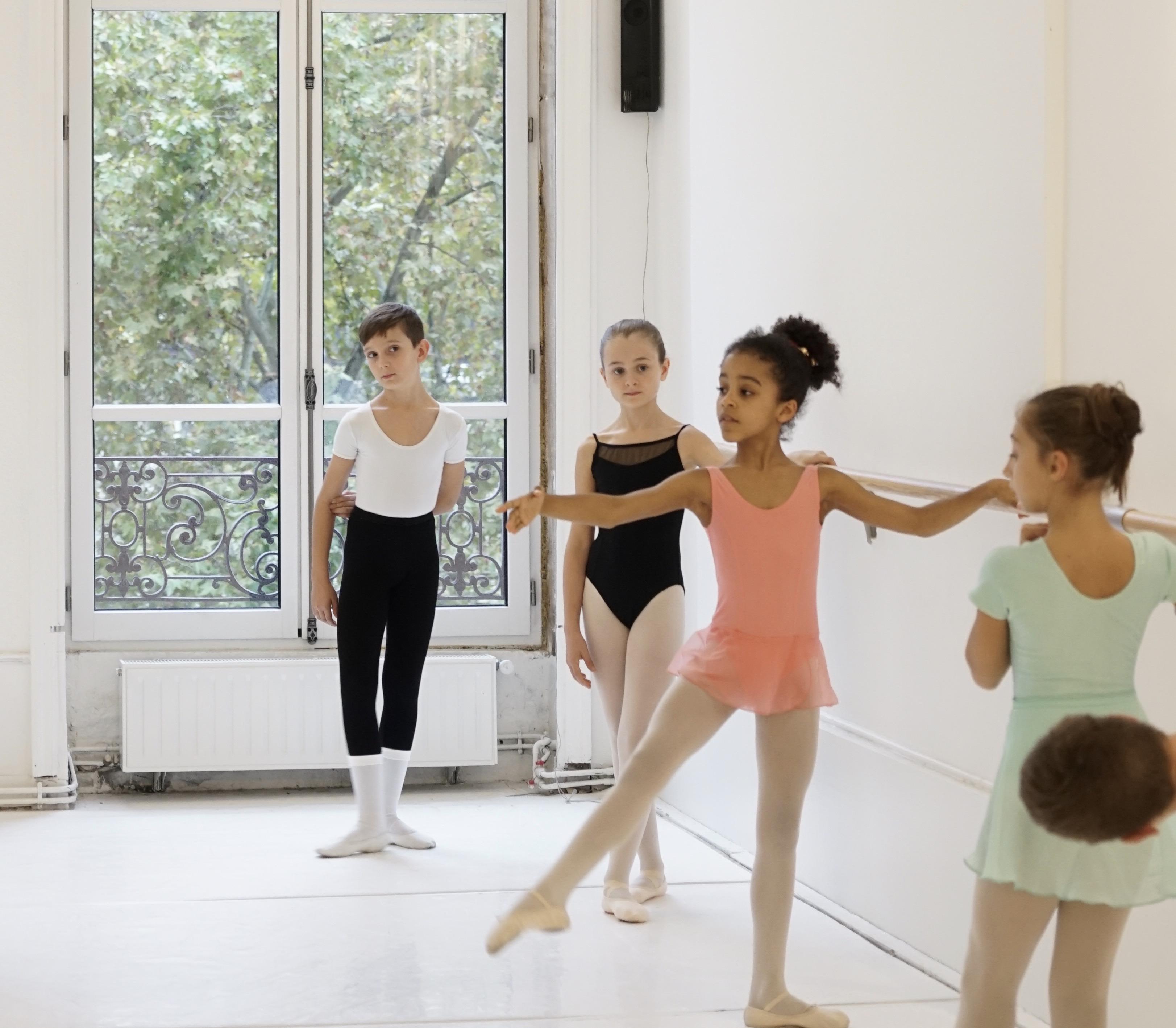 enfants danse classique cours pour enfants 4 ans 5 ans eveil initiation lyon école de danse edac